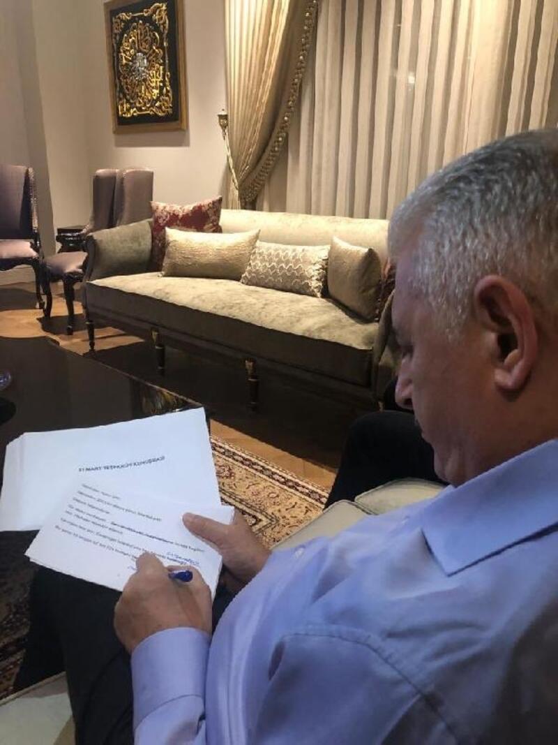 Oy sayımı sürerken Binali Yıldırım Twitter'dan fotoğraf paylaştı