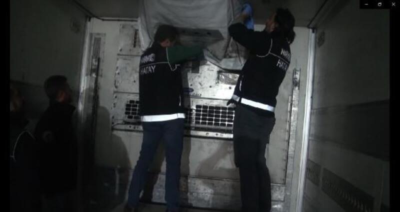 Hatay'da TIR'da 79 kilo eroin ele geçirildi