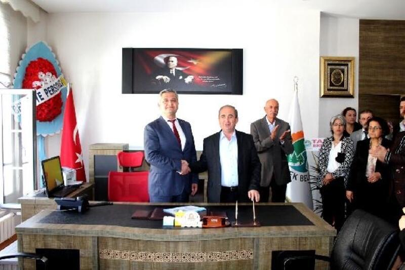 Ermenek Belediyesinde, devir teslim töreni yapıldı