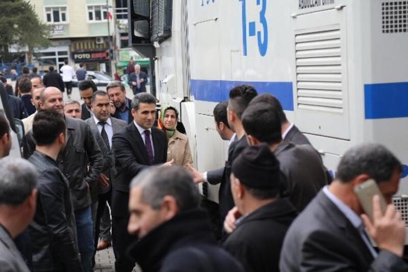 Bingöl'de AK Parti'li Arıkan göreve başladı