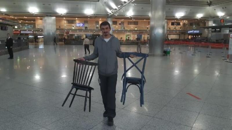 Atatürk Havalimanı'nda son anonslar... Son yolcular... Son uçuşlar