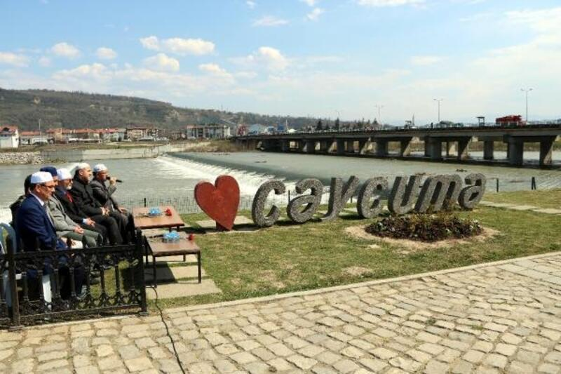 Zonguldak'ta köprü faciasının 7'nci yıl dönümünde acılar tazelendi