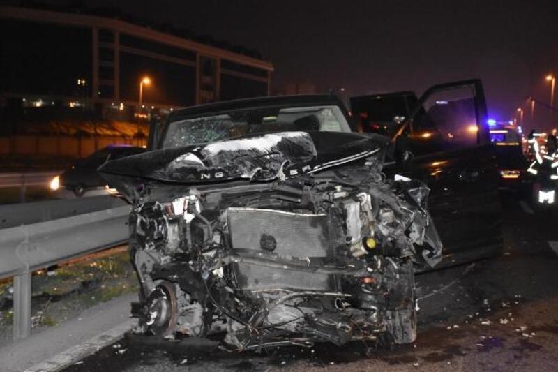 D100'de zincirleme trafik kazası: 2 yaralı