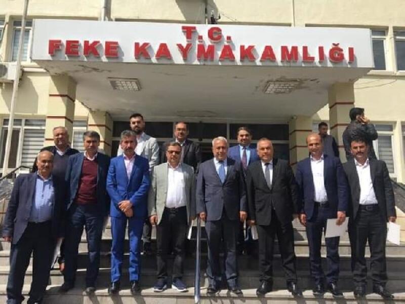 Feke Belediye Başkanı Ahmet Sel mazbatasını aldı.