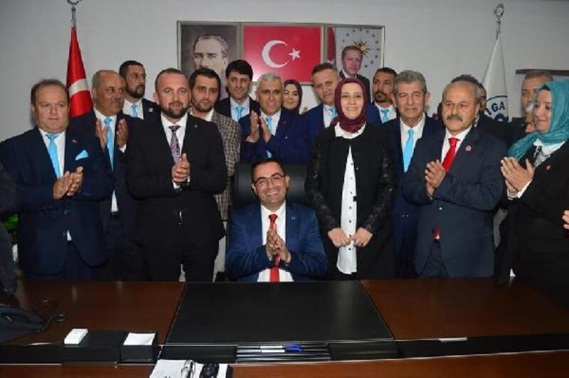 Biga'da AK Partili Bülent Erdoğan göreve başladı