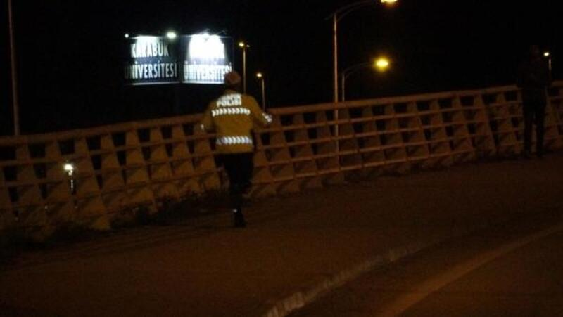 Polisleri görünce kaçan alkollü sürücü, ters şeride girip kaza yaptı