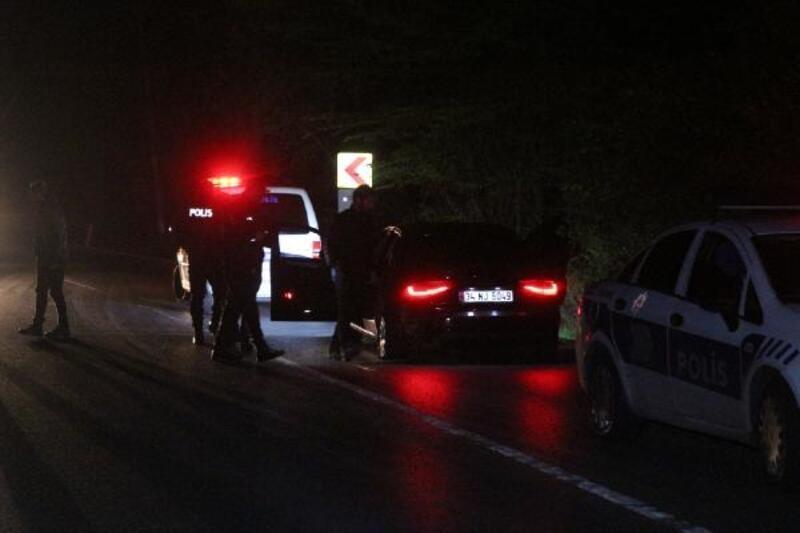 """Sarıyer'de """"dur"""" ihtarına uymayan sürücü polise çarptı"""