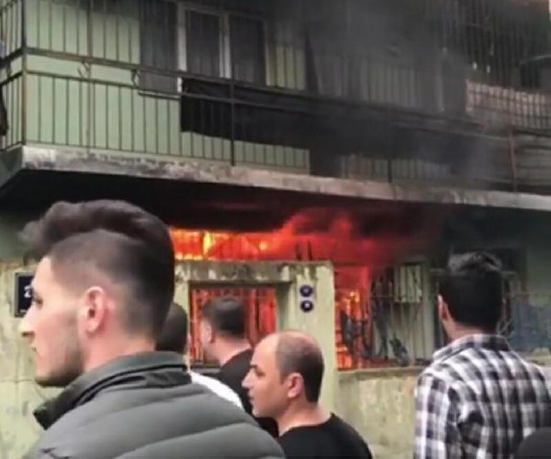 İzmir'deki yangında bir kişi dumandan etkilendi
