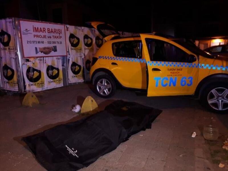 Bakırköy'de bir müşteri bindiği takside hayatını kaybetti