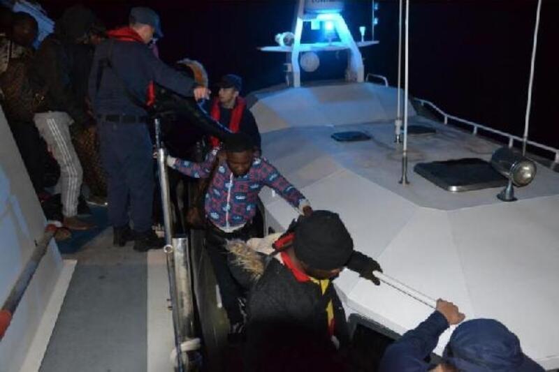 Seferihisar'da 47 kaçak yakalandı