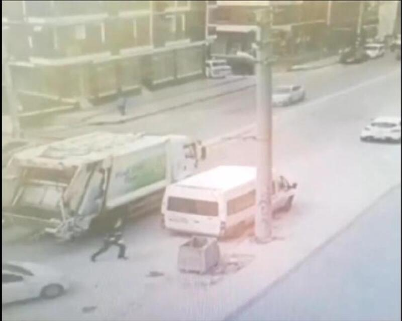 Temizlik görevlisinin ölümden döndüğü kaza kamerada
