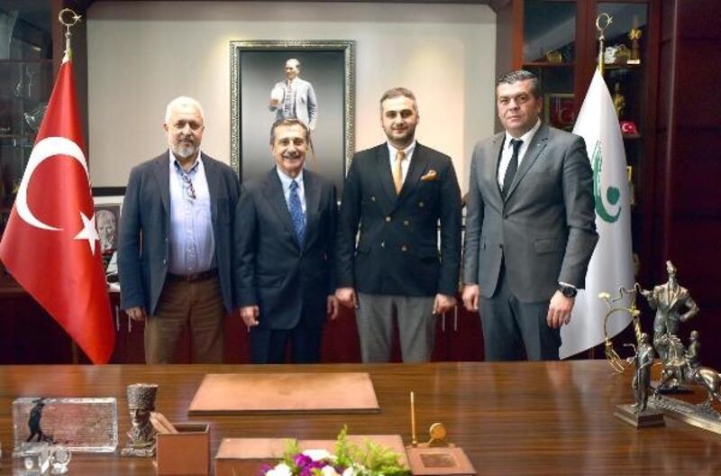 Eskişehirspor yönetimi Başkan Ataç'ı ziyaret etti
