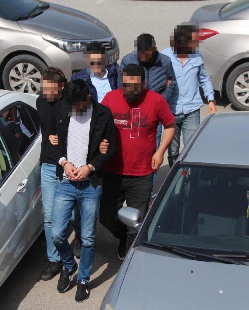 İki kardeş uyuşturucu ticaretinden tutuklandı