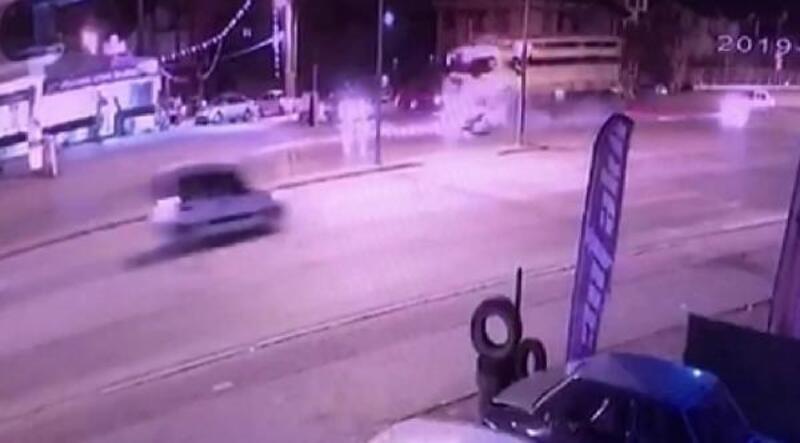 Kırmızı ışık ihlali kazası: 1 ölü, 2 yaralı