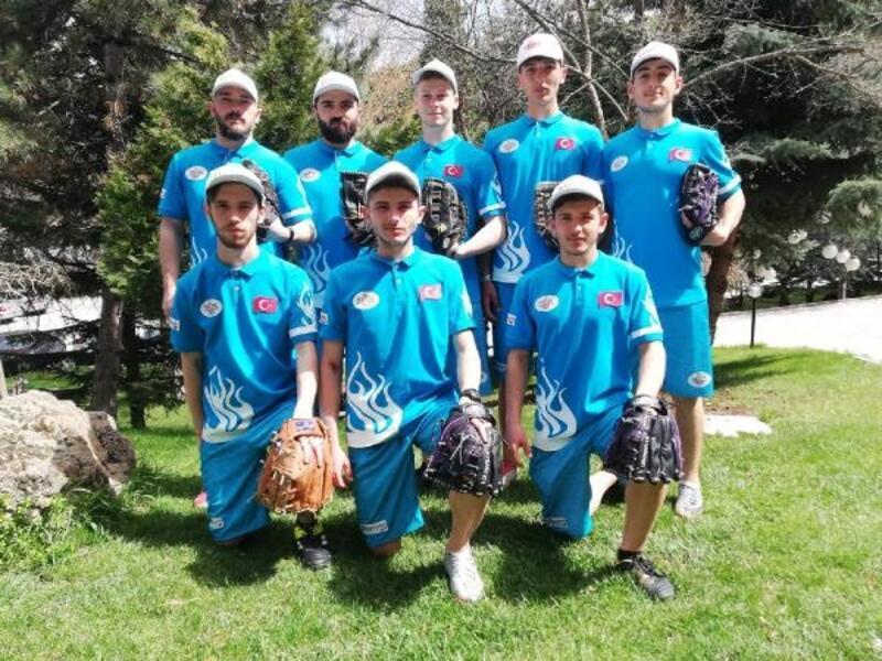 İznikli beyzbolcular Bulgaristan yolcusu