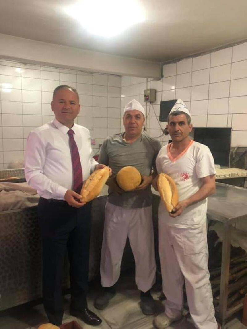 Kaynarca'da 250 gram ekmek 1 TL'den satılıyor