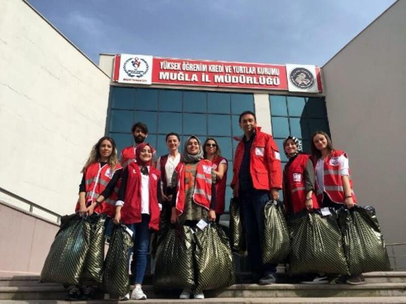 Kızılay'dan üniversite öğrencilerine kıyafet yardımı