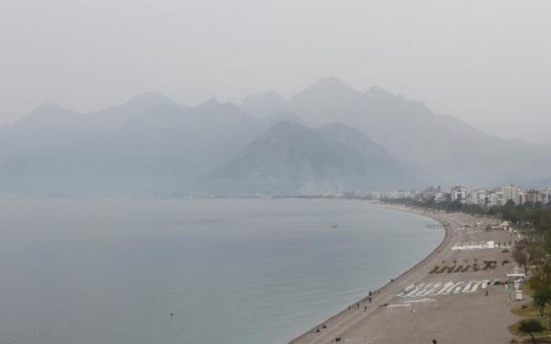 Antalya'da toz taşınımı uyarısı