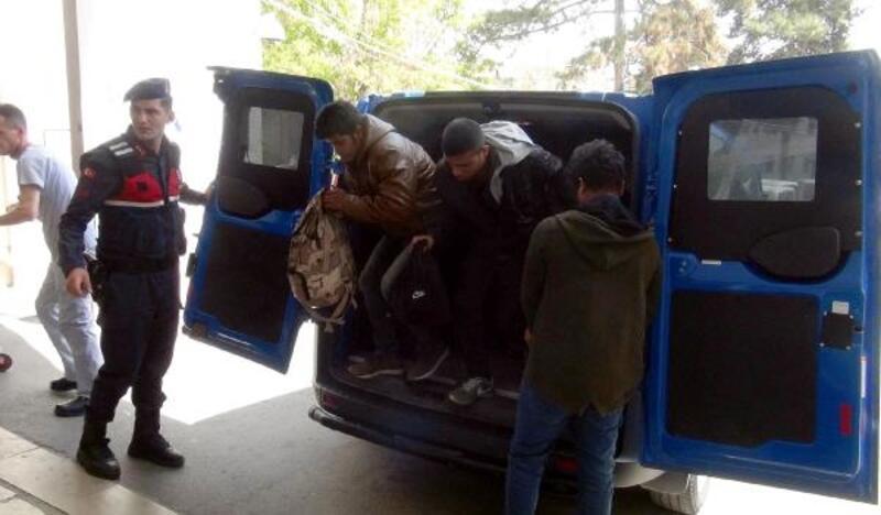 Yunanistan'a gitmek isteyen kaçakları, 'Buraya kadar' diyerek Tekirdağ'da bıraktılar