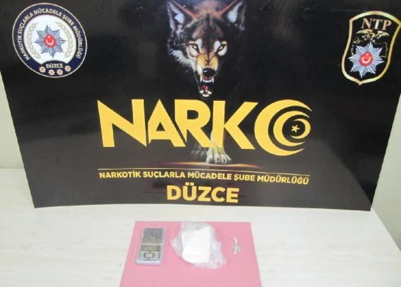 Düzce'de 205 gram kokain ile yakalanan şüpheli tutuklandı