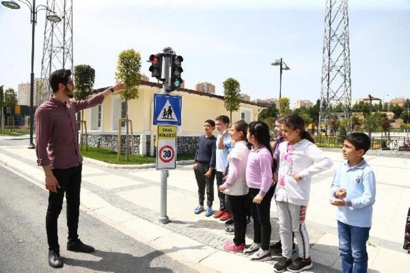 Başakşehirli öğrencilere Trafik Eğitim Merkezi