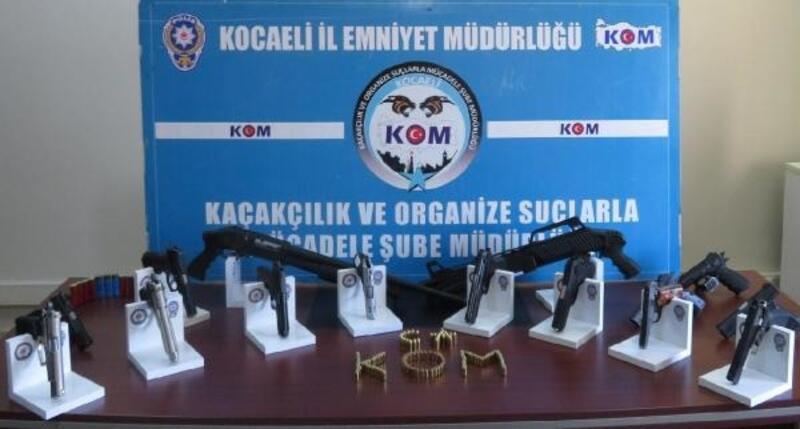 Kocaeli'de yasadışı 'silah' ticareti yapanlara operasyon: 8 tutuklama