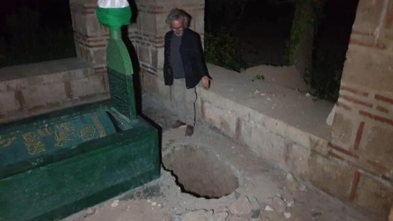 İznik'te 600 yıllık türbede 'kaçak' kazı