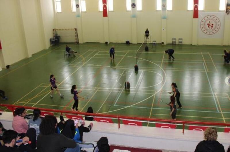 Badminton Türkiye finalleri Gaziantep'te başladı