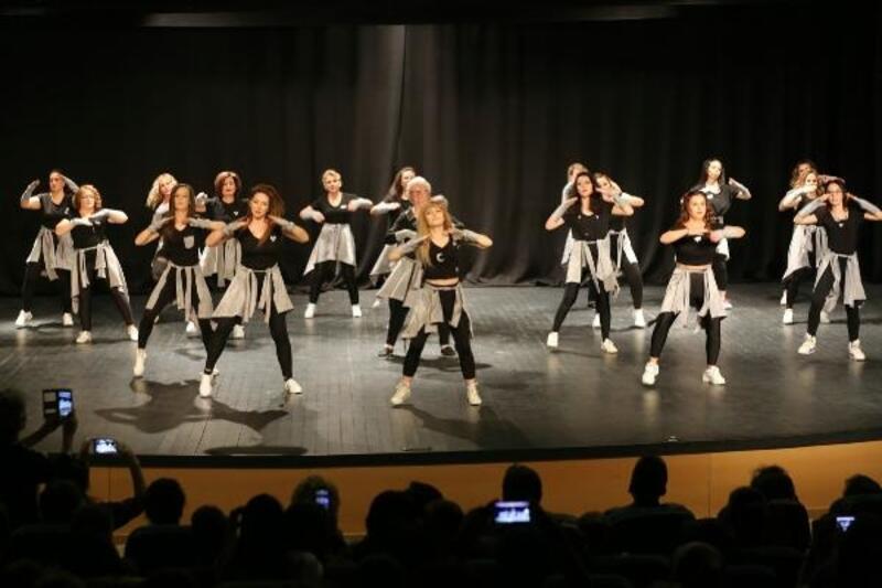 Spor Dans Merkezi'nden yıl sonu gösterisi