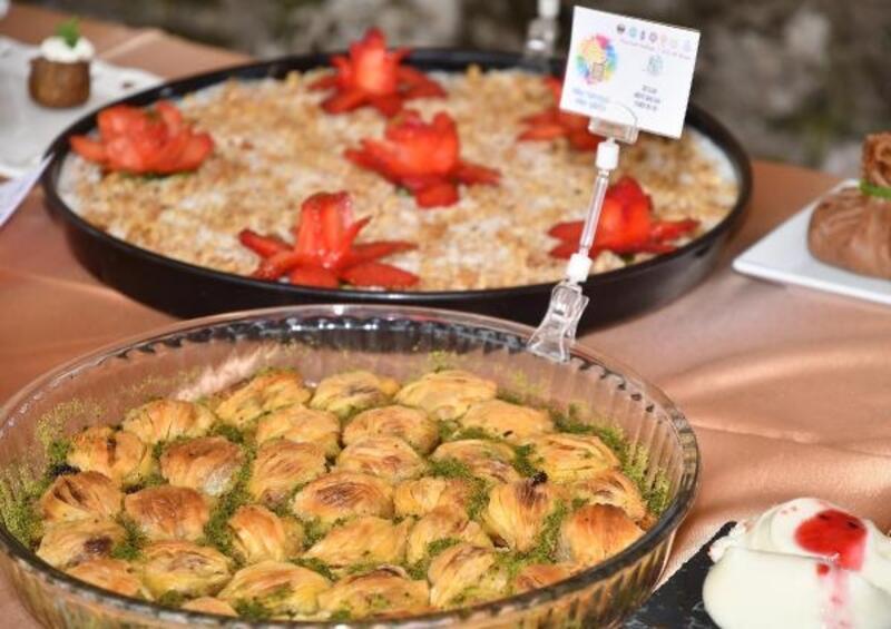 Mesir Festivali'nde yiyecekler yarıştı