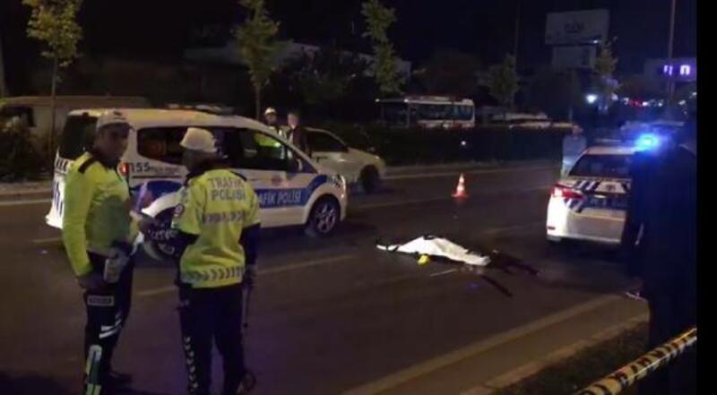 Yaya geçidinde hafif ticari aracın çarptığı genç kız öldü