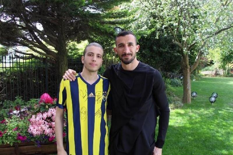 Mehmet Topal'dan kanser hastası çocuklara destek