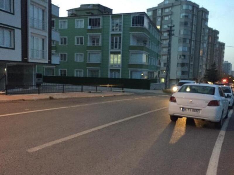 Evine giderken silahlı saldırıya uğrayan işçi yaralandı