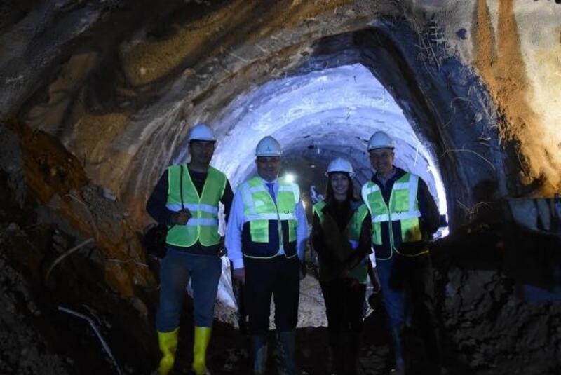 Metro için dev köstebek yeraltına inecek