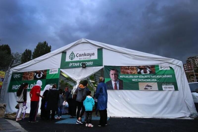 Çankaya Belediyesi, 135 bin kişiyi iftar çadırında ağırlayacak