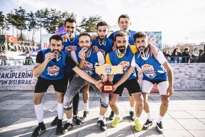 ETÜ SBF, Red Bull Neymar Jr's Five Türkiye şampiyonu oldu