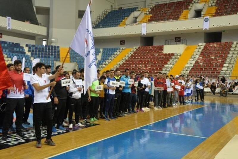 İşitme Engelliler Türkiye Şampiyonası Mersin'de başladı