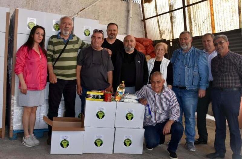 Bucalılar'dan 450 eve gıda yardımı