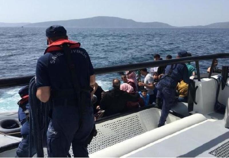 Çeşme açıklarında 35 kaçak göçmen yakalandı