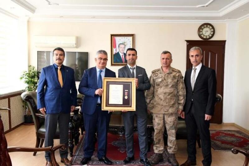 15 Temmuz gazisine, Devlet Övünç Madalyası verildi