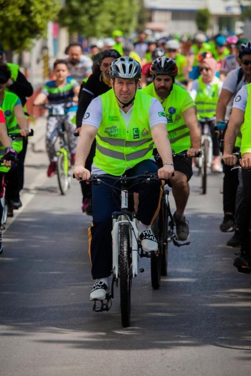 Yeşilay İzmir'den sağlık için bisiklet turu