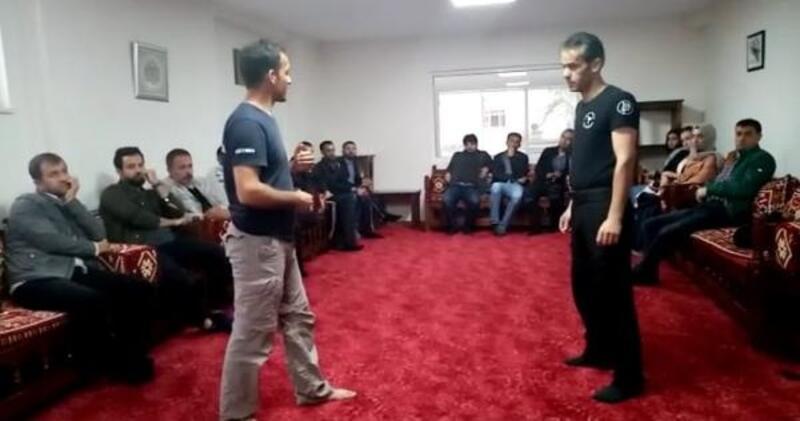 Diyarbakır'da öğretmenlere yakın savunma semineri
