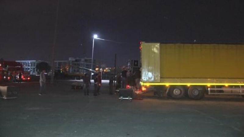Bakırköy'de 1 Mayıs önlemleri gece de devam etti