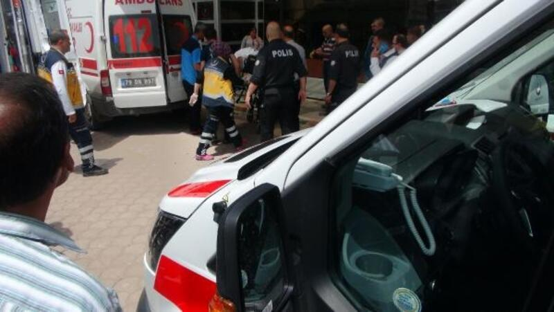 Kilis'te traktör devrildi: 1 ölü, 1 yaralı
