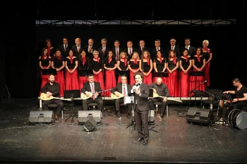 Bursa'da kültür elçilerinden unutulmaz konser