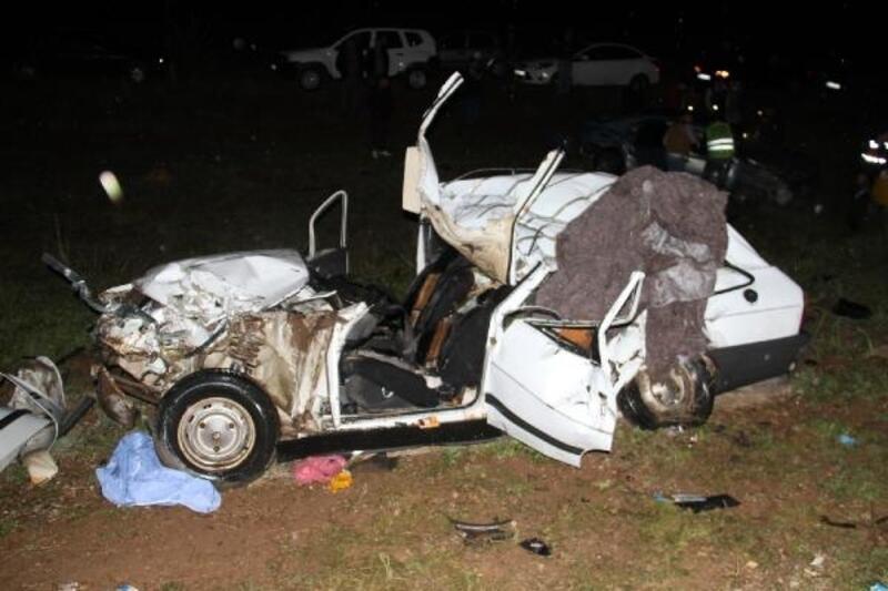Sollamaktan vazgeçti yine kazaya neden oldu: 2 ölü, 2 yaralı