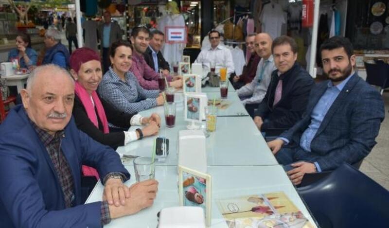 Paraguay Dışişleri Bakanı Efes'i gezdi