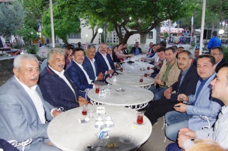 AK Partili Dağ, partilileriyle buluştu