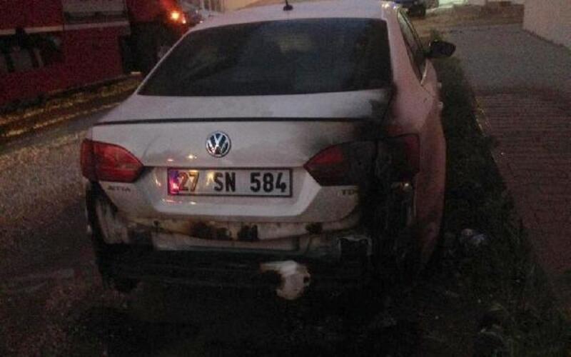 Gaziantep'te otomobile yanıcı madde döküp ataşe verdiler