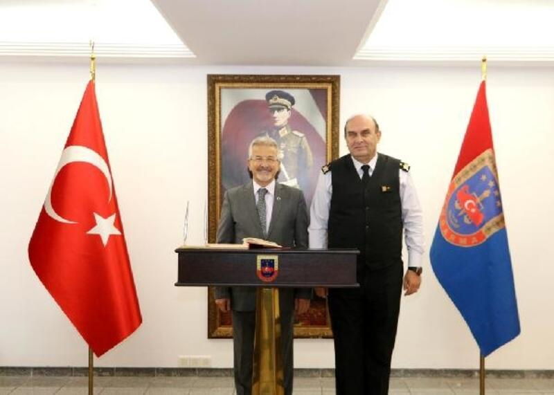 Başkan Erdem'den Tuğgeneral Saraç'a ziyaret